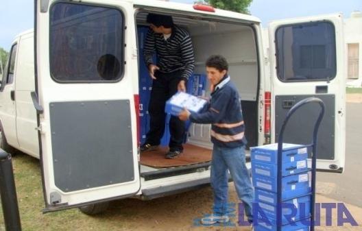 Llegaron nuevamente casi 500 netbooks para alumnos de saladas for Cementerio jardin de paz pilar