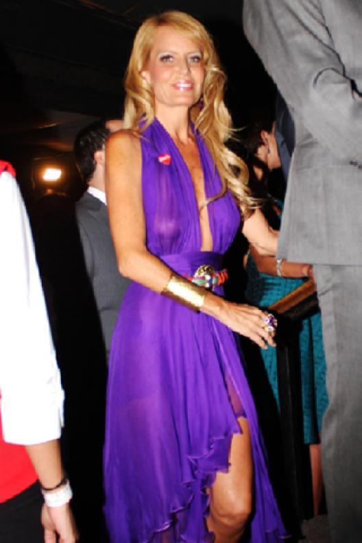 Cecilia Bolocco Reapareció Flaquísima Y Con Un Vestido Transparente